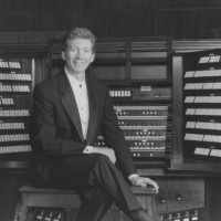 gordon-turk-at-organ